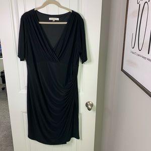 Evan Picone LBD v-neck ruching dress size 16w